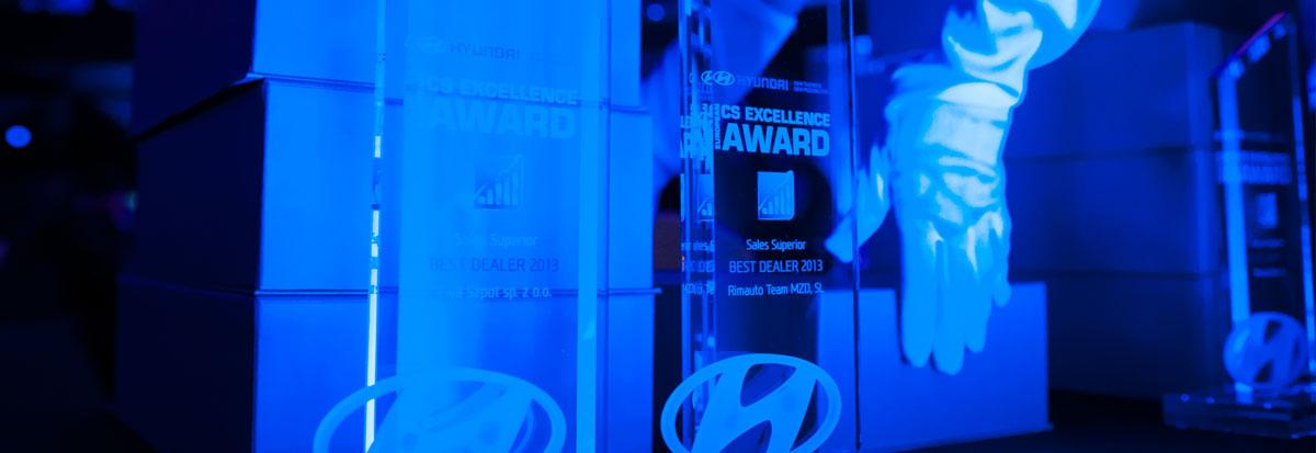 Glaspokale mit Lasergravur für die Firma Hyundai sicher verpackt und Versand bereit